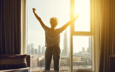 """""""SUPER START"""" – jak zaprogramować się pozytywnie na cały dzień?"""